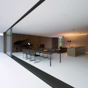 House with piano 14